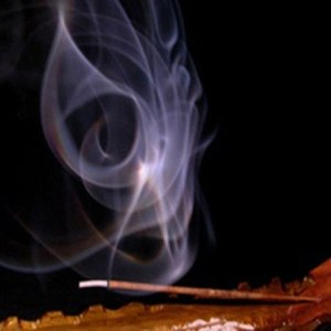 incienso-nag-champa-100-natural-exquisitos-aromas_MLV-O-3094860742_092012